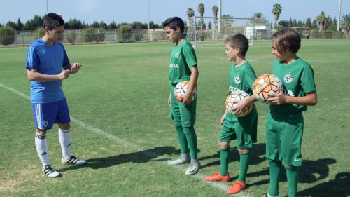 האקדמיה-לכדורגל-עונה-1-פרק-5