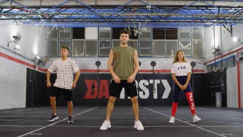 הבנים-והבנות-לומדים-לרקוד-עונה-1-פרק-2